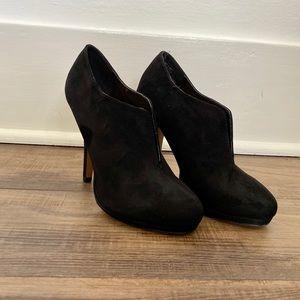 🌟 (BOGO) black suede like heeled booties